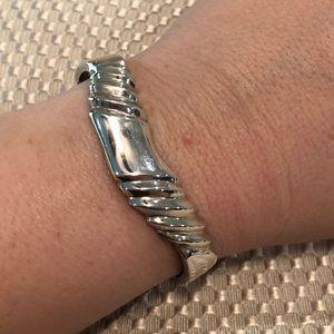 Jewelry - Beautiful sterling silver clasp bracelet